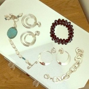 Jewelry - Earrings and bracelets